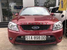 Ford Escape XLS 2010 màu đỏ phong thủy