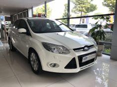 Ford Focus 2.0 Titanium đời 2015 màu trắng
