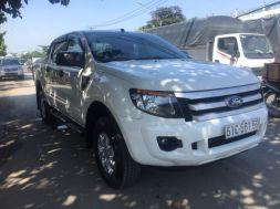 Ford Ranger XLS AT cũ đăng ký 1/2015 màu trắng