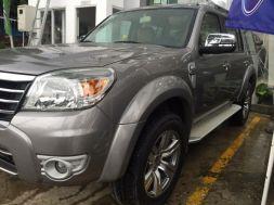 Ford Everest số tay 2011 màu ghi, bánh sơ cua chưa sd