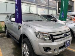 Bán xe Ford Ranger cũ số tự động đời 2015 màu bạc
