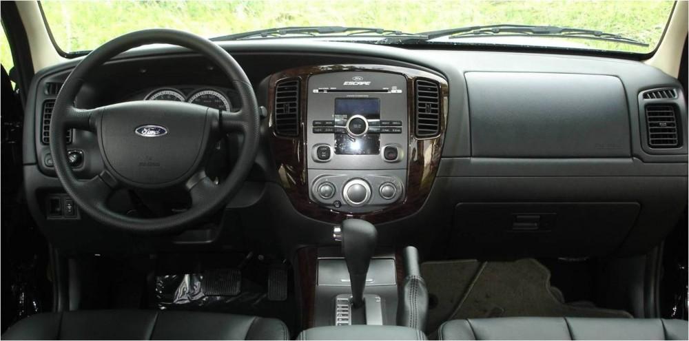 Có nên mua xe ford escape cũ đời 2010 - 4