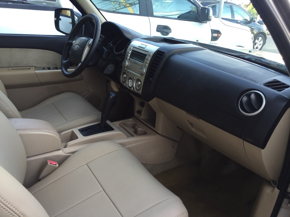 Bán xe ford everest cũ 2008 số tự động xe cá nhân sử dụng - 3