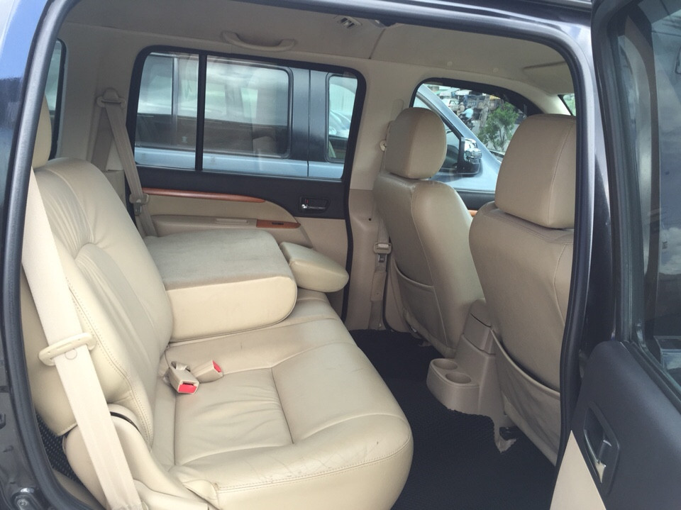 Bán xe ford everest cũ 2010 số tự động màu đen - 6