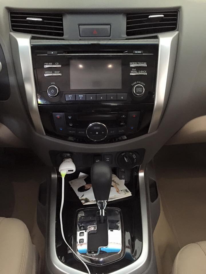 Bán xe nissan navara nv300 cũ đời 2015 phiên bản mới full - 5
