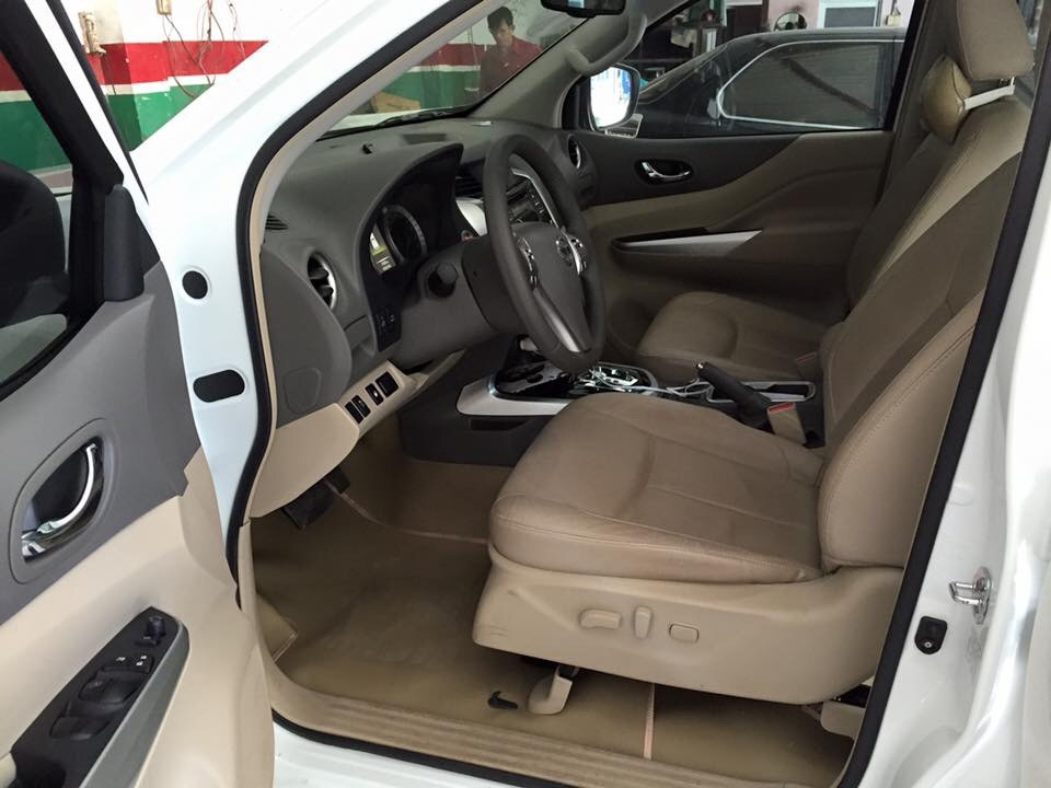 Bán xe nissan navara nv300 cũ đời 2015 phiên bản mới full - 7