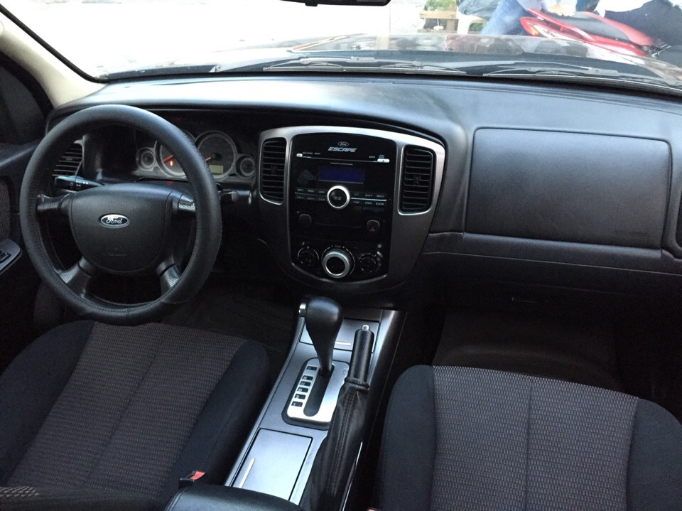 Xe ford escape 23 cũ đời 2010 xe cá nhân sử dụng - 5