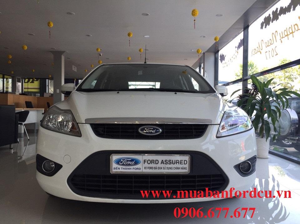 Ford focus cũ màu trắng đời 2010 - 2