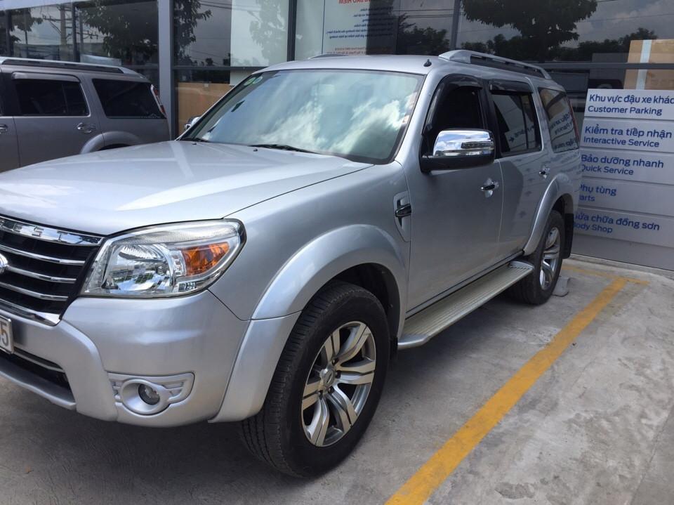 Ford everest cũ số tự động 1 đời chủ năm 2011 màu bạc - 3