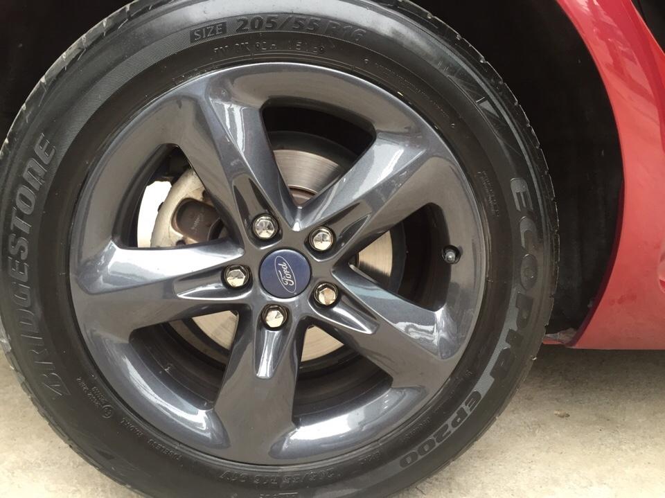 Ford focus 18l đời 2012 màu đỏ - 9