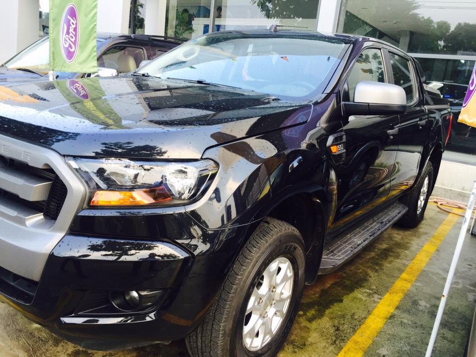 Ford ranger xls mt đời 2016 màu đen phong thủy - 3