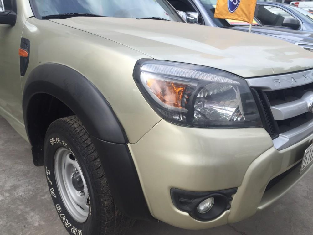 Ford ranger máy dầu số tay - sx 2009 - 1