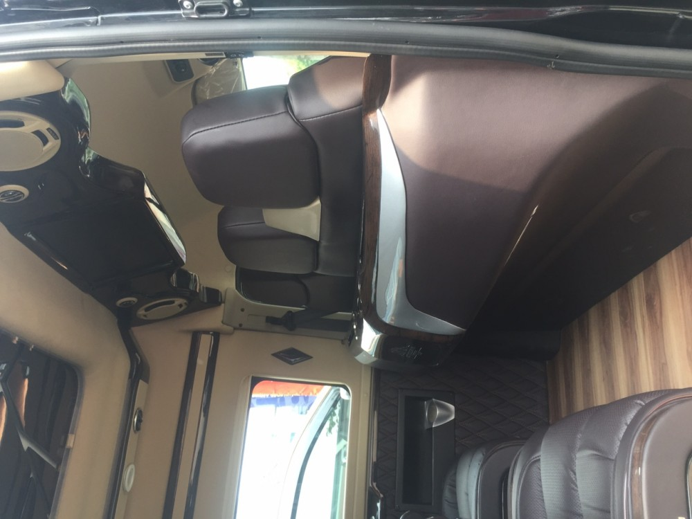 Ford transit lomousine - 10 chỗ ngồi - 10