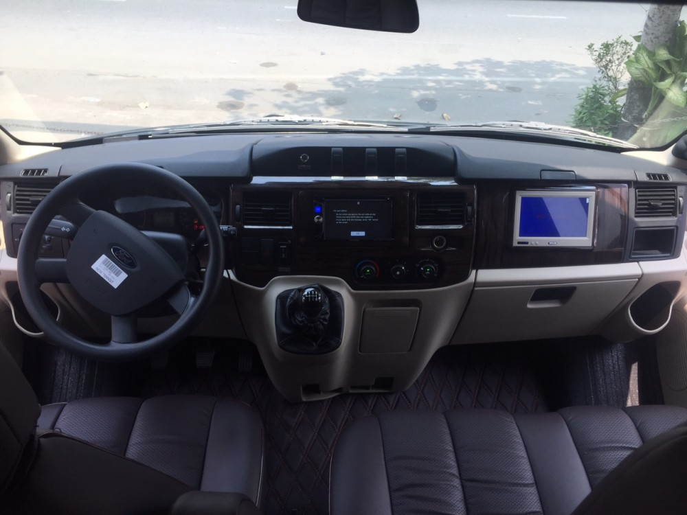 Ford transit lomousine - 10 chỗ ngồi - 9