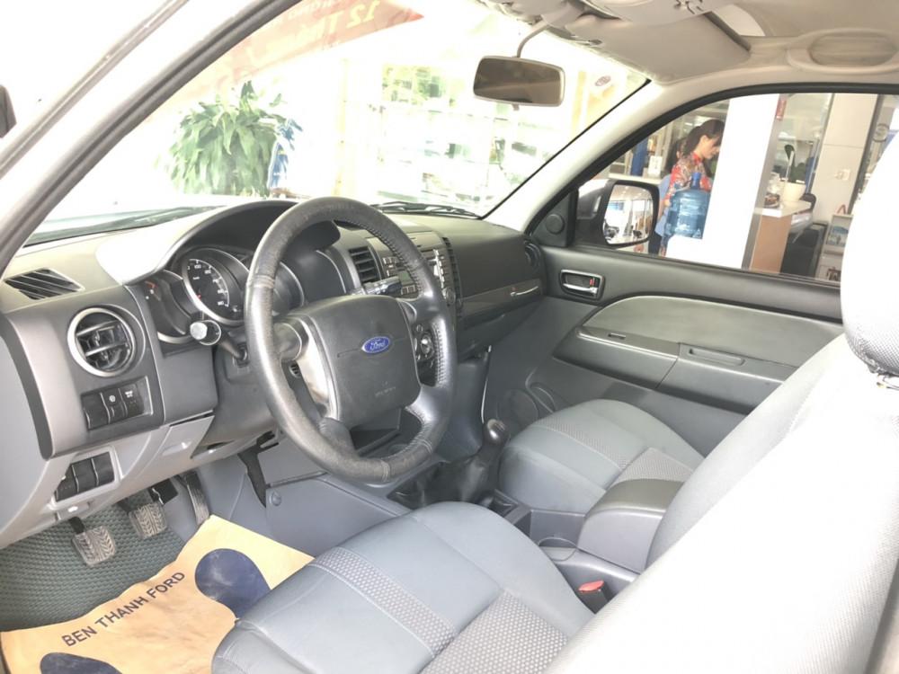 Ford everest số sàn màu trắng sản xuất 2014 - 5