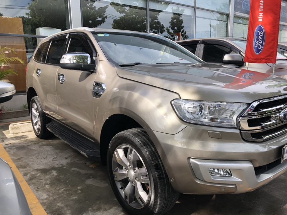 Ford everest 22 titanium đăng ký 32017 - 7
