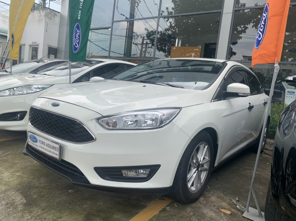 Ford focus 15l trend - 2017 - màu trắng - chạy lướt - 2