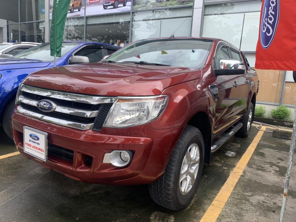 Ford ranger 22xlt- đời 2013 số sàn 2 cầu màu đỏ - 1