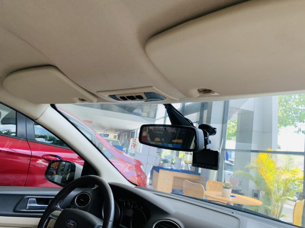 Ford focus 20l - sản xuất 2012 - số tự động - 6