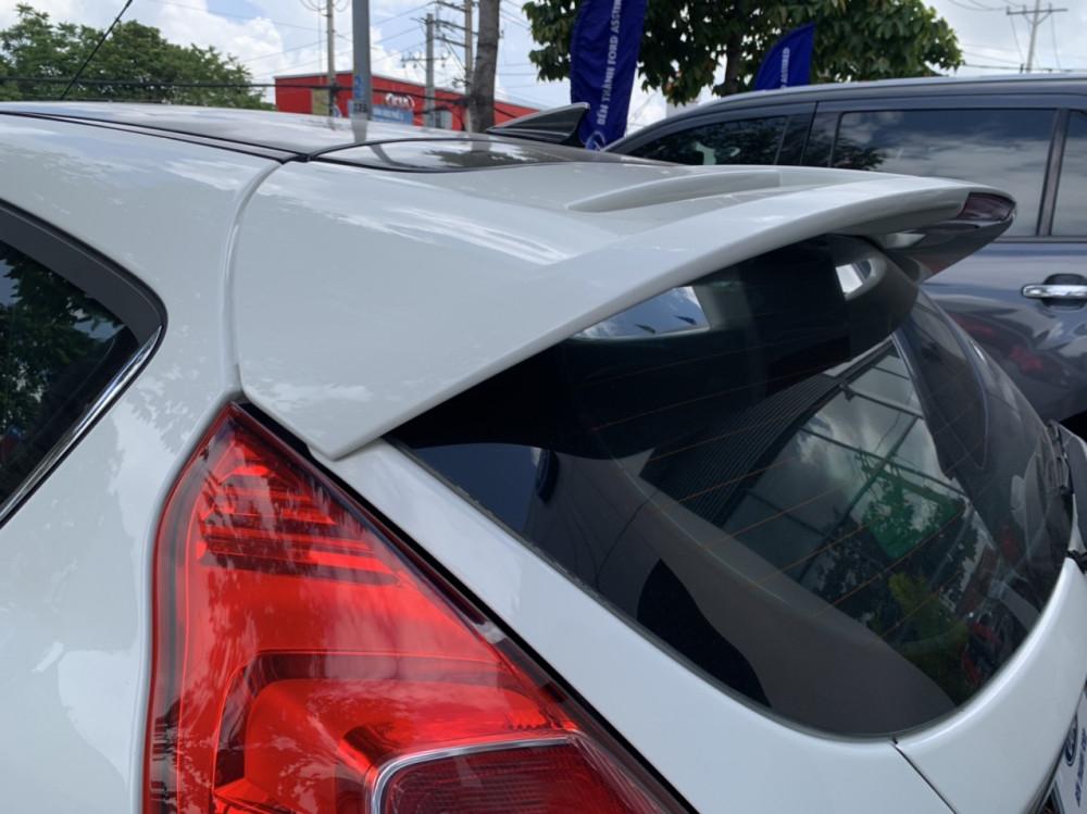 Ford fiesta 5 cửa sport 2018 chạy lướt màu trắng - 5